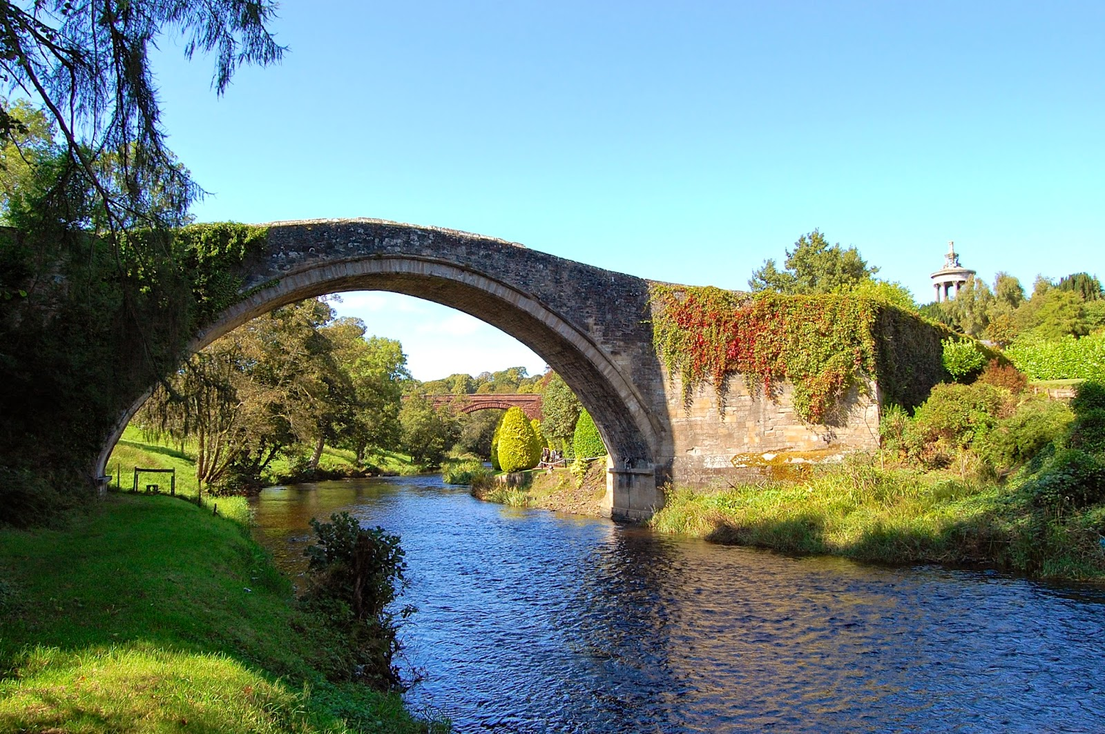 View of the Brig o' Doon from upstream