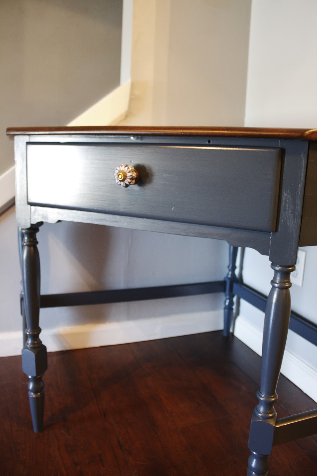 JL Designs: Navy Blue Corner Desk