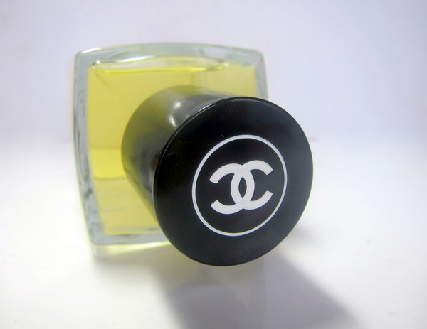 Chanel 1932 bottle 