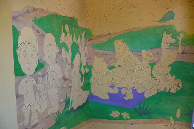 Malowanie postaci bajkowych 3D w pokoju dziecka, mural 3d