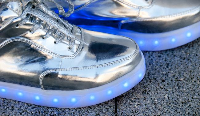 lightening shoes, topshop glow, metallic sneakers