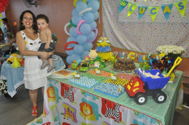 Dona Charmosa!: Festa de 1 aninho do meu sobrinho Lucas-Parte 1.