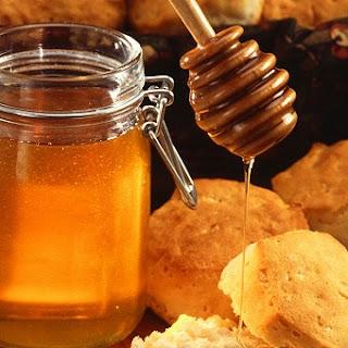 http://2.bp.blogspot.com/-rtcwHCNRjdI/T71IO3jYk0I/AAAAAAAAAPA/hFIW5mMCHuM/s320/honey-usda-picture-wiki.jpg