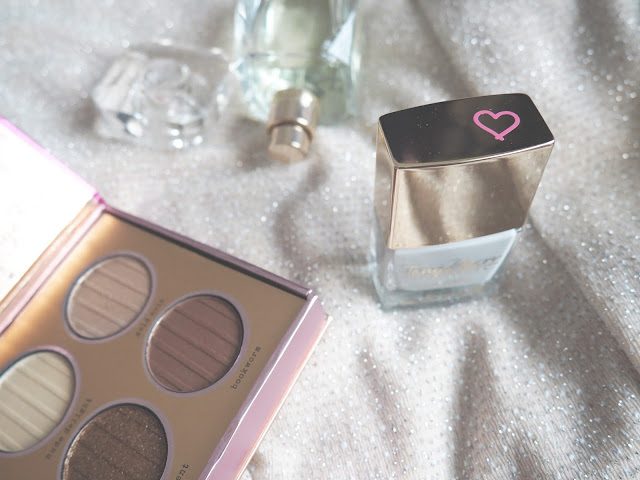 Tanya Burr Cosmetics Nail Polish Duvet Day Hollywood Eyes Palette