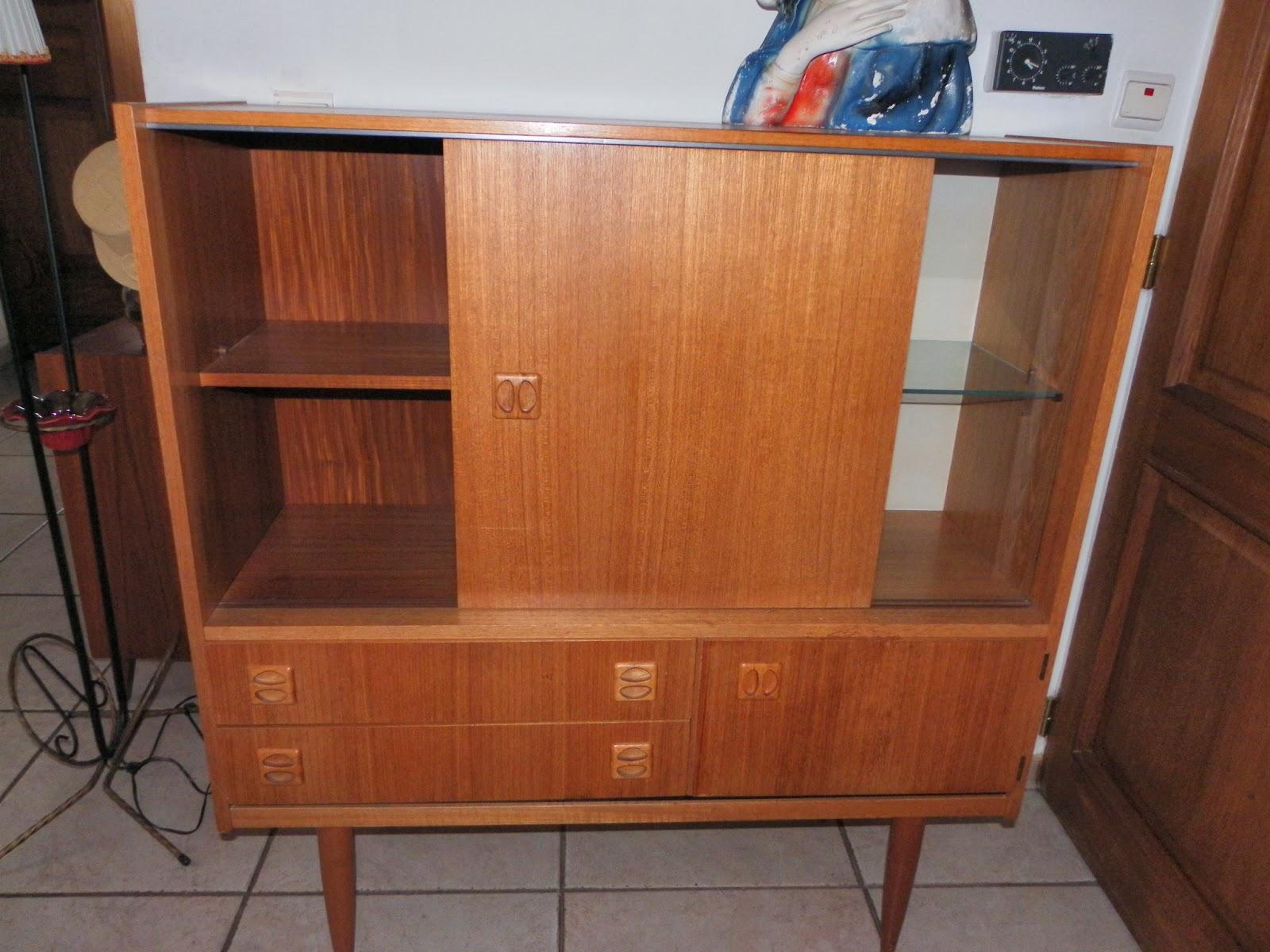Lucie la chineuse meuble vitrine ann es 60 for Meubles domon lachine