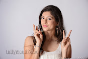 Tanvi Vyas Studio Photo Shoot Gallery-thumbnail-7