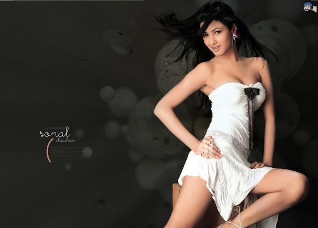 Sonal Chauhan HD Wallpaper