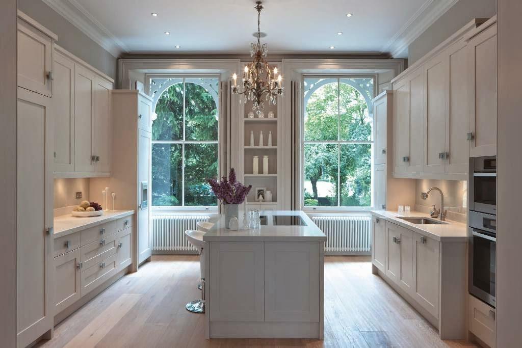 Romanticismo y funcionalidad cocinas con estilo for Cocinas tradicionales blancas