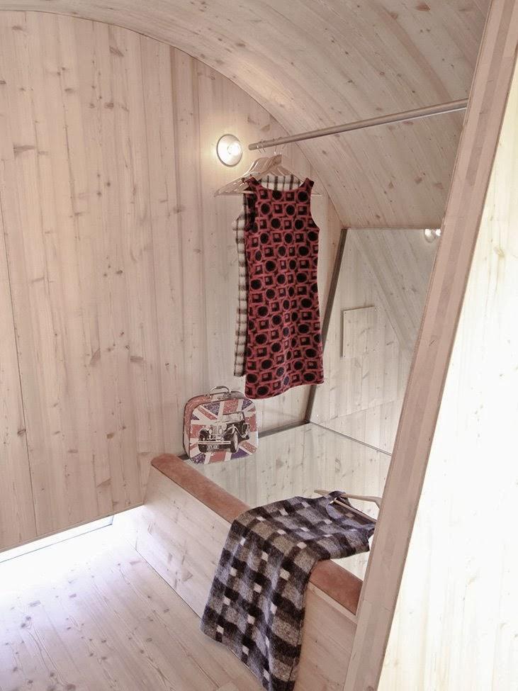 Gambar Desain Rumah Panggung Kayu Model Minimalis Sederhana 26