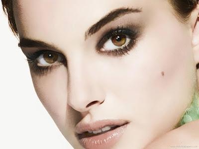 Natalie Portman Glamorous Wallpaper-902-1600x1200