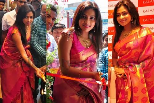 Amala Paul in Kalanikethan Saree