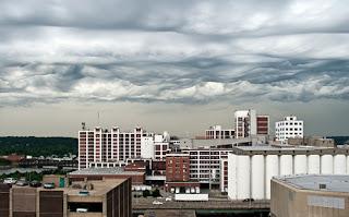 awan aneh,pelik