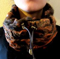bufandas peludas, cuellos de piel, lacaprichossa, pieles, bufandas