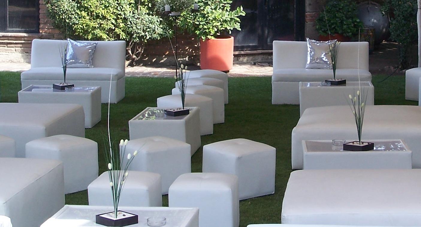 Beer lounge company renta de salas lounge sillas for Muebles para bar lounge