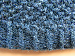 Islay hat free knitting pattern by Littletheorem. Twisted Moss Stitch.