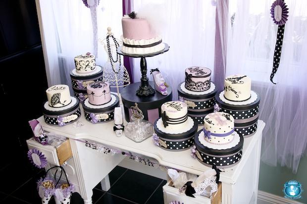 mesa de festa decorada - bolo pasta americana