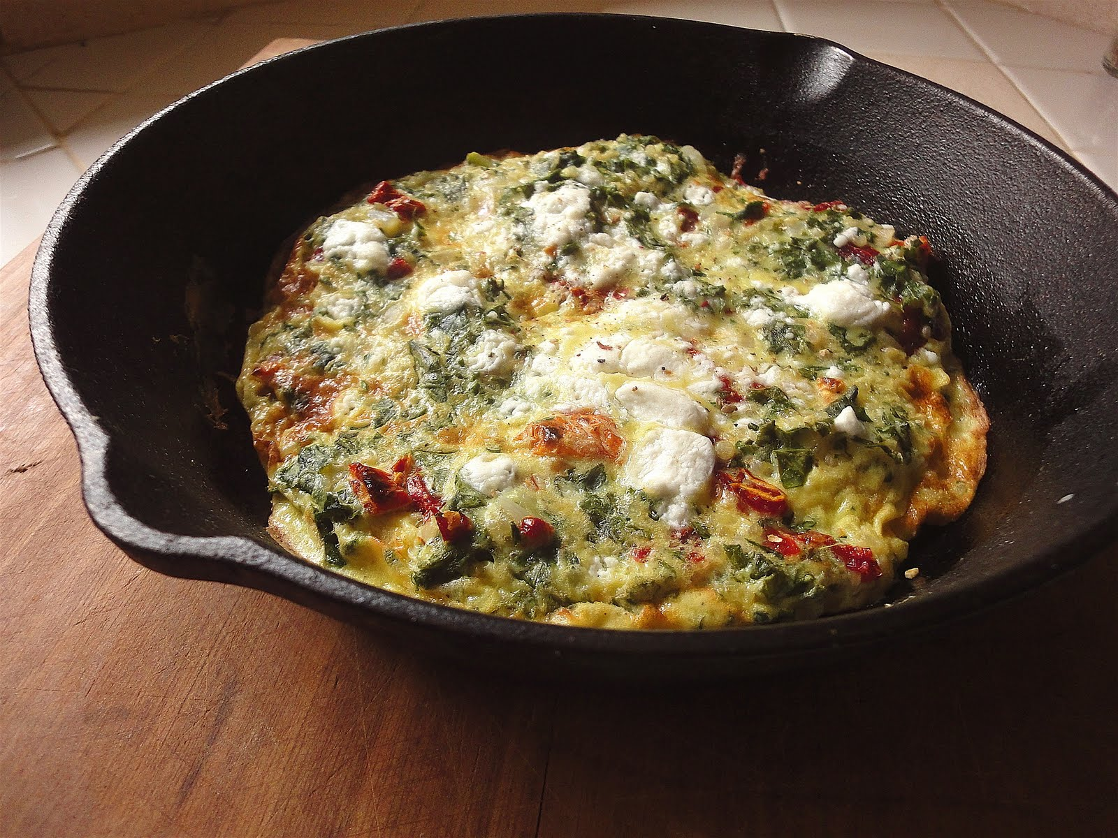 Quinoa Frittata with Sun-dried Tomatoes, Kale and Goat Cheese