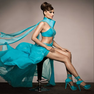 Bipasha Basu's stunning New Print Ads for IRFW 2013