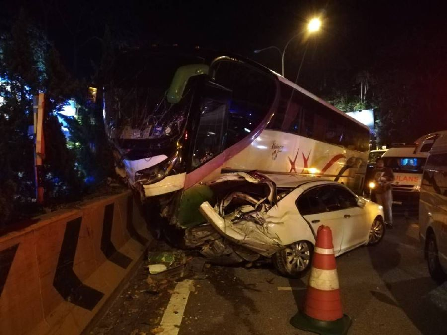 kemalangan bas di genting highland