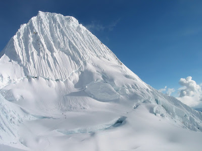 Ice Snowy Rocks Mountains HD Background Wallpapers Widescreen High Resolutions 006