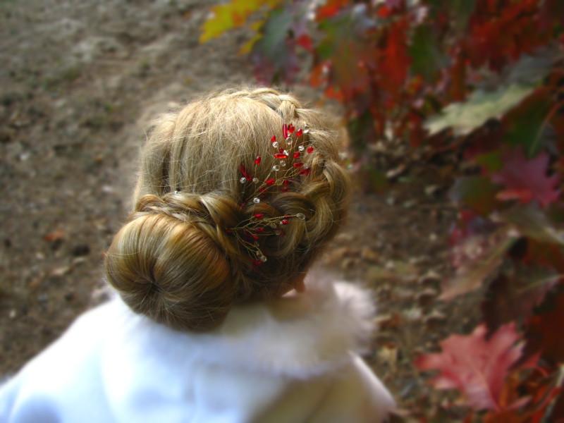 Czerwony, ślubny stroik do włosów Airy
