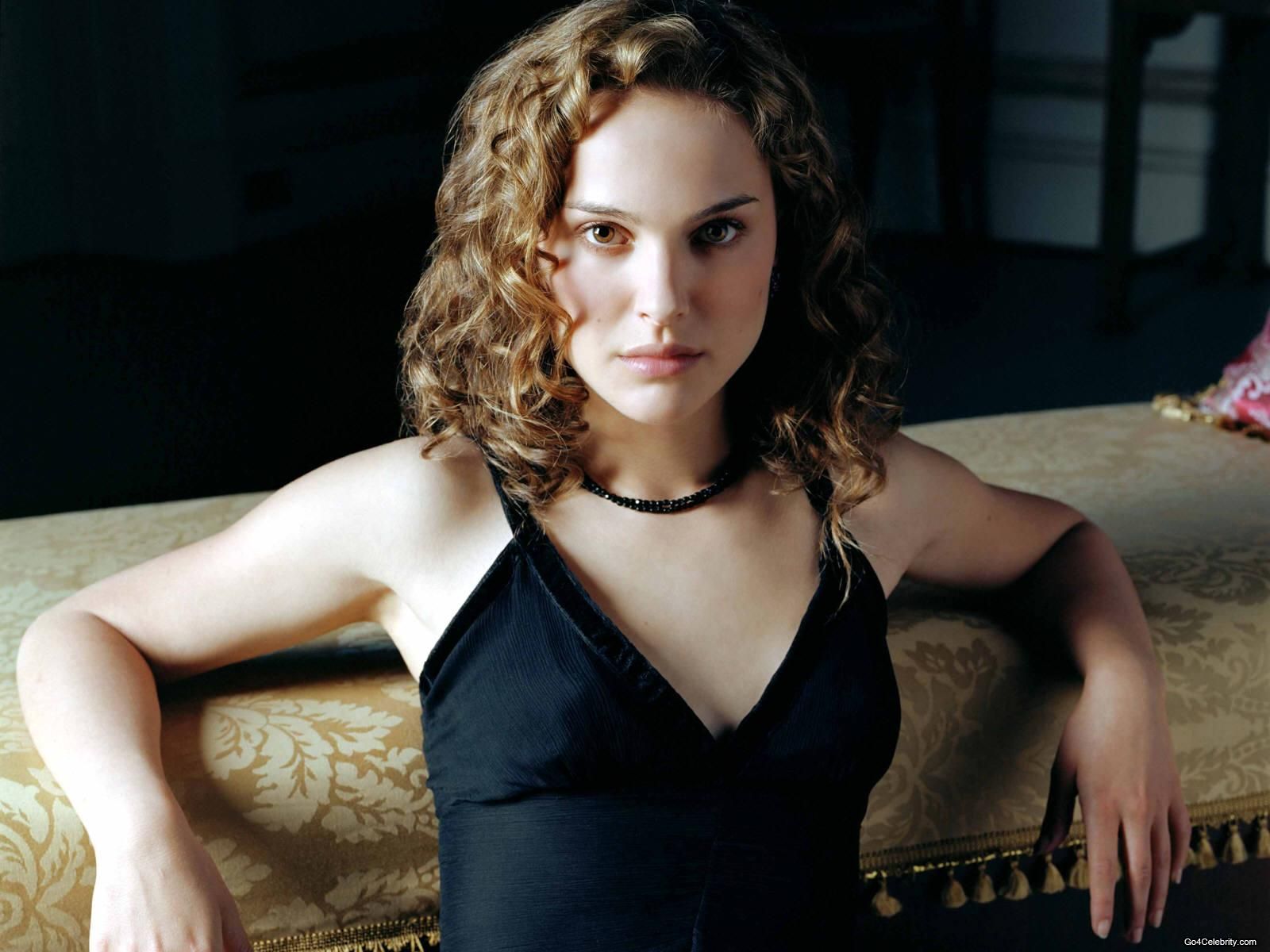 http://2.bp.blogspot.com/-rwAzcnIstGU/T5z5QqGLISI/AAAAAAAAJk0/IRdBqZ_8qXE/s1600/Natalie+Portman+Hot+Photo+Collection+%283%29.jpg