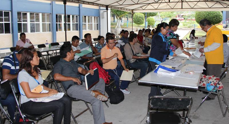 Gcp llama seg a normalistas a participar en concurso for Concurso para plazas docentes