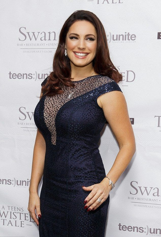It's her job to look beauty and Kelly Brook lived up to the challenge at London, UK on Saturday, November 22, 2014.