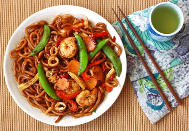 how to make spicy chicken stir fry noodles