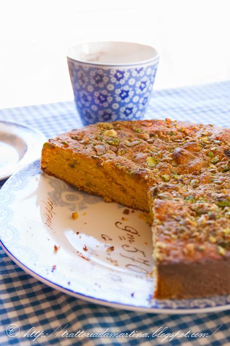 Mava cake: tovaglietta, piatti e tazza Greengate