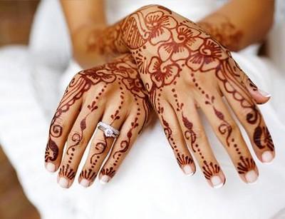 ou les bijoux de peau en dentelles, pour un mariage. Evidemment cela ...