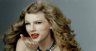 Taylor Swift Beautiful Red Flipstick kiss