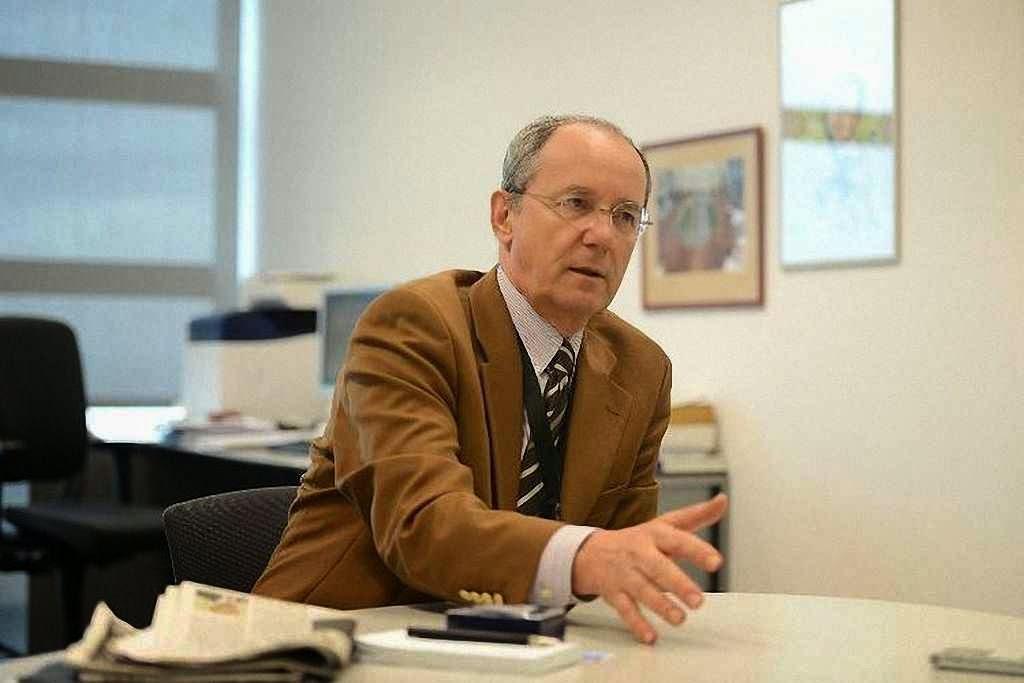 Nenad Pejic, um dos dois principais chefes da rádio