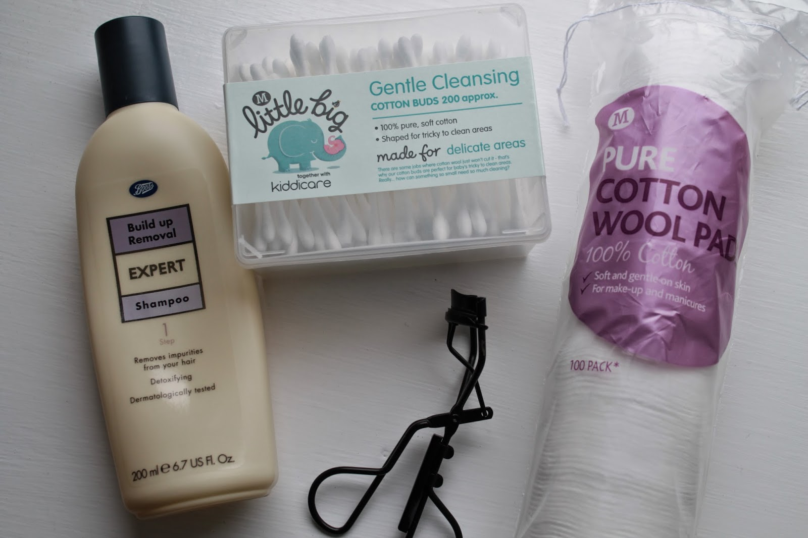 Build up Removal Shampoo, Cotton buds and pads, Eyelash curlers
