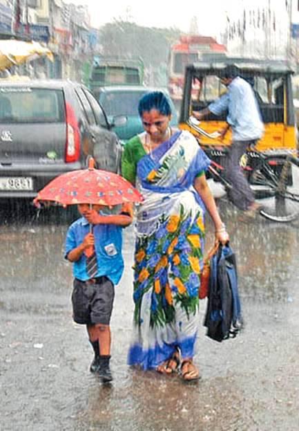 kasih-ibu-saat-hujan