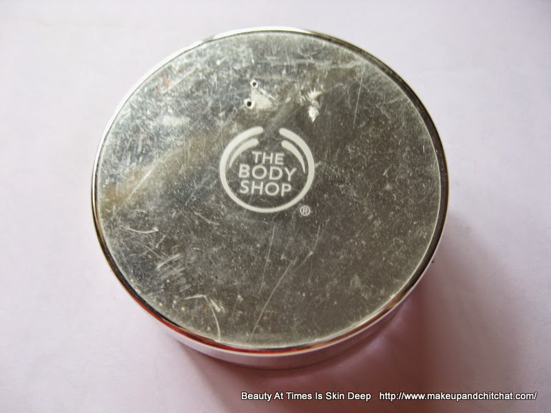 The Body Shop India Loose Face Powder to set foundation