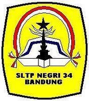 Lambang SMPN 34