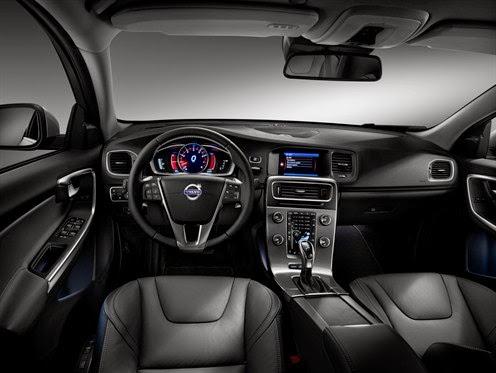Interior view of 2015 Volvo S60 T6 Drive-E