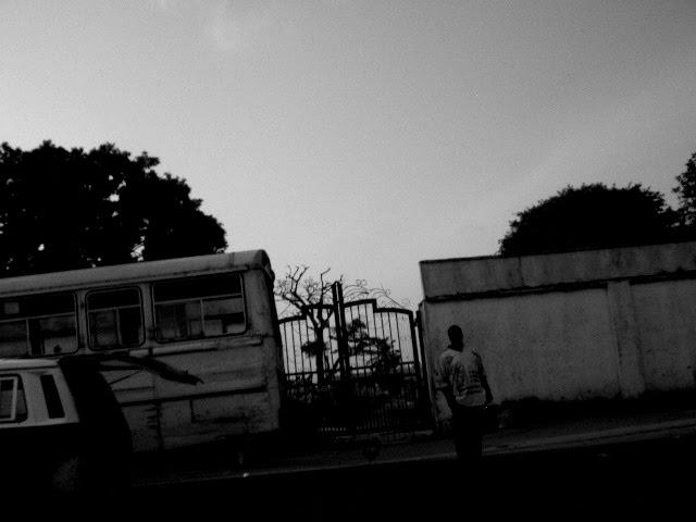 CA -at cemitery musilim- LAGOS / NIGERIA