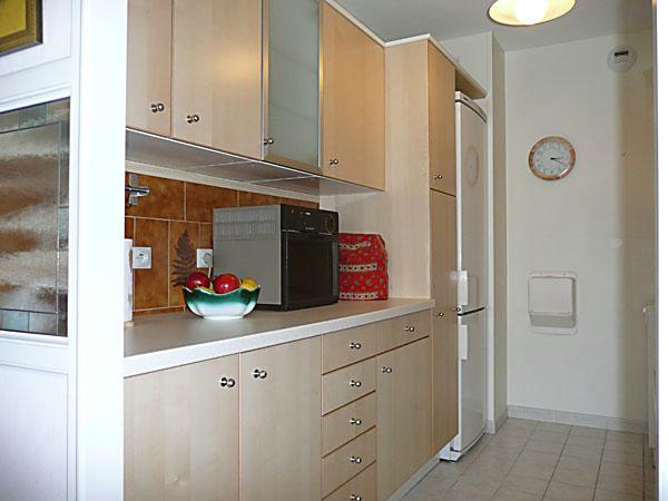 appartement saint denis seine saint denis. Black Bedroom Furniture Sets. Home Design Ideas