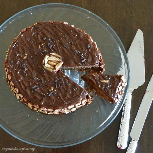 Reine de Saba avec Glacage au Chocolat- Queen of Sheba Cake- Chocolate ...
