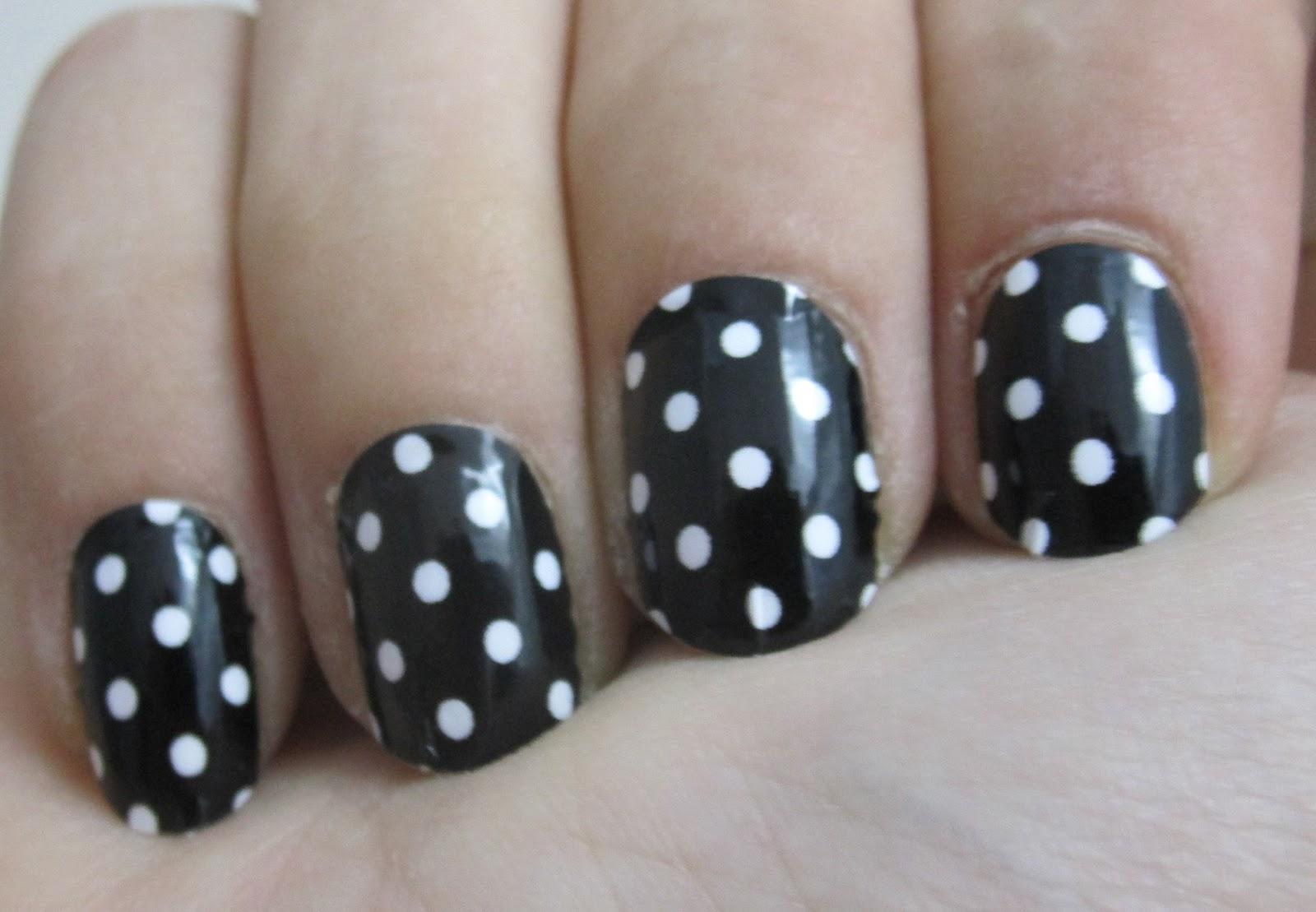 Nail Rock White Dots on Black Wraps - Beauty Geek UK