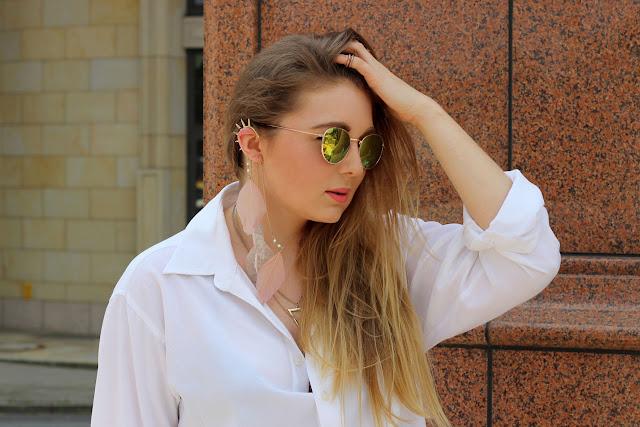 six, I am, Sonnenbrille, gelbe Gläser, verspiegelt, weiße Bluse, triangel Kette, ear cuff, federn boho, hamburg, fashionblogger,