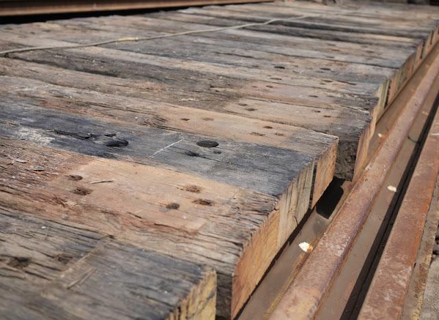 オーストラリア産 中古枕木 ユーカリ枕木