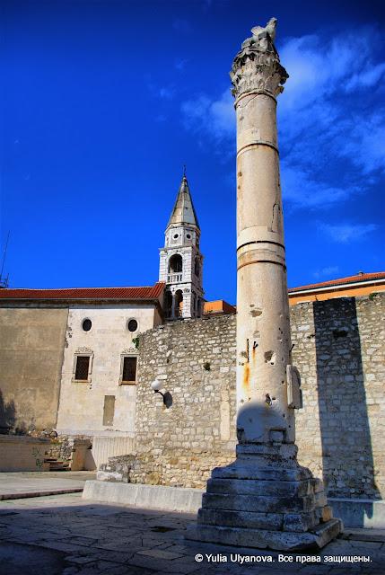 Сохранившаяся римская колонна в Задаре
