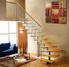 Decoración de escaleras con cuadros