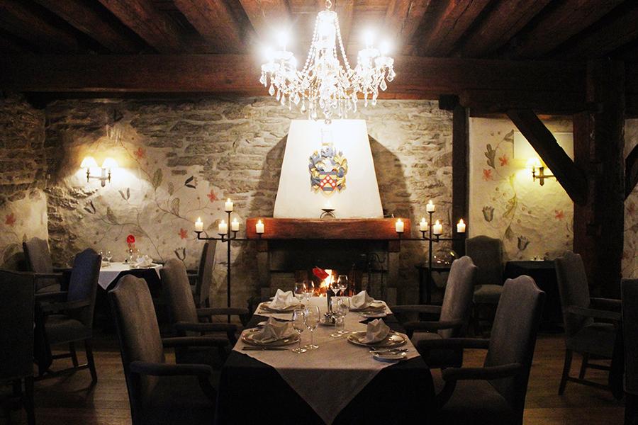 Medieval 5-star luxury: Hotel Schlössle, Tallinn, Estonia