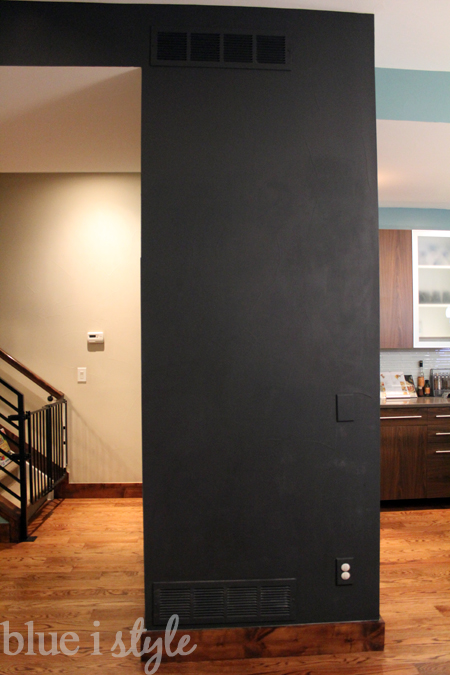 diy with style} a magnetic chalkboard wall in the kitchen | blue i