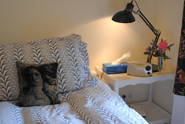 darty and pike. Black Bedroom Furniture Sets. Home Design Ideas
