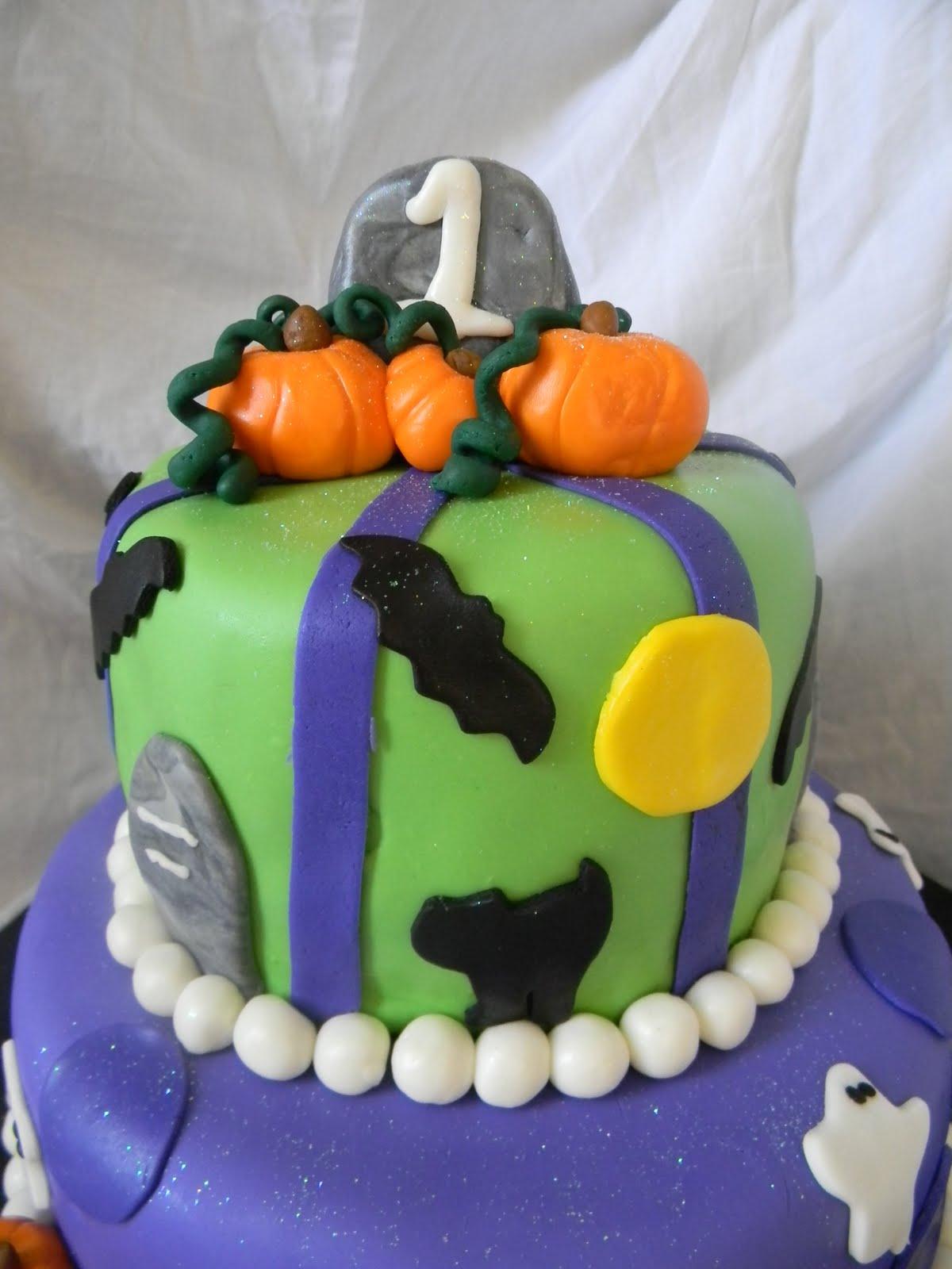 Jesicakes: Halloween First Birthday!!!